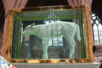 Photo: False Idol by Damien Hirst