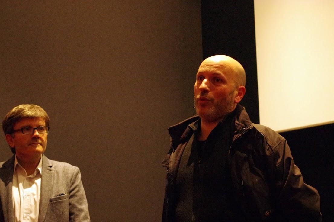 Stéphane Fernandez débat avec la salle
