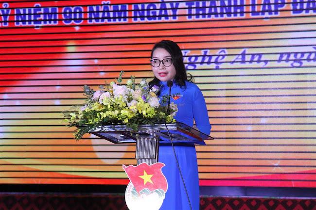 Đồng chí Nguyễn Thị Thơm, Quyền Bí thư Tỉnh đoàn phát biểu