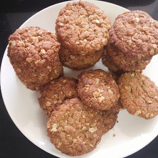 The Perfect Anzac Biscuit (Vegan And Nut-Free)