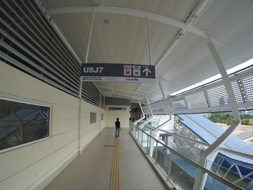 Visit Malaysia: Bus Rapid Transit (BRT) - Sunway Line