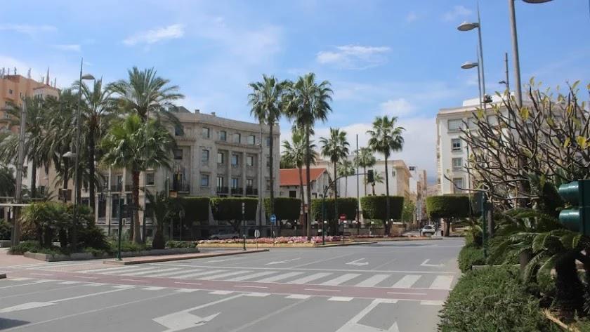 El centro de Almería desierto durante el confinamiento.
