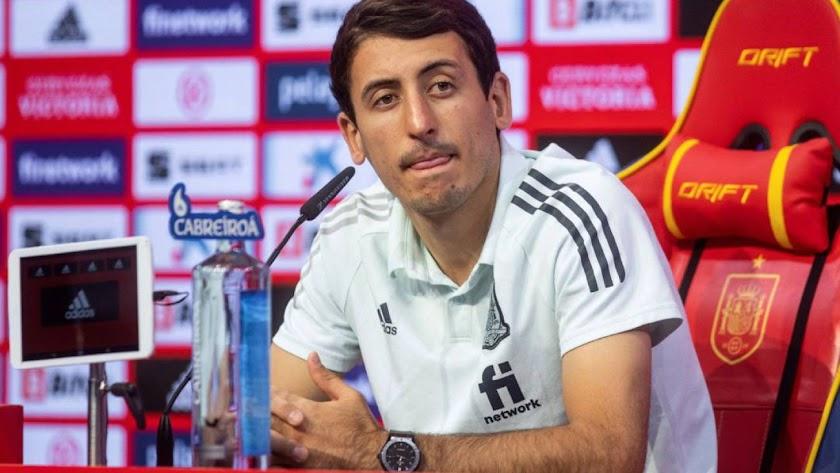 El delantero de La Roja apuesta por España.