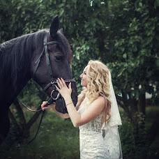 Wedding photographer Violetta Mikhaylova (Violettik). Photo of 25.10.2017