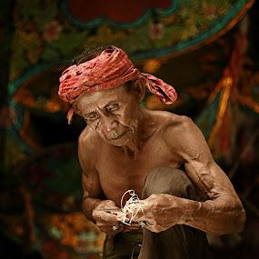 Pokcik by Azmil Omar - People Portraits of Men ( potrait, art, senior citizen, men, people, wau )
