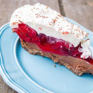 No Bake Strawberry Nutella Cream Cheese Pie Recipe