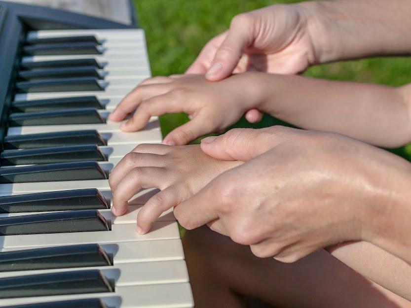 Why Kids Dislike Left Hand