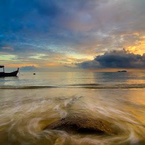 Permatang Damar Laut by Izham Khalid - Landscapes Waterscapes