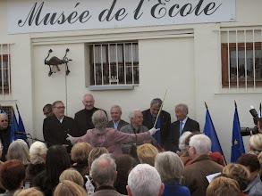 Photo: Après les dicours, le chant.
