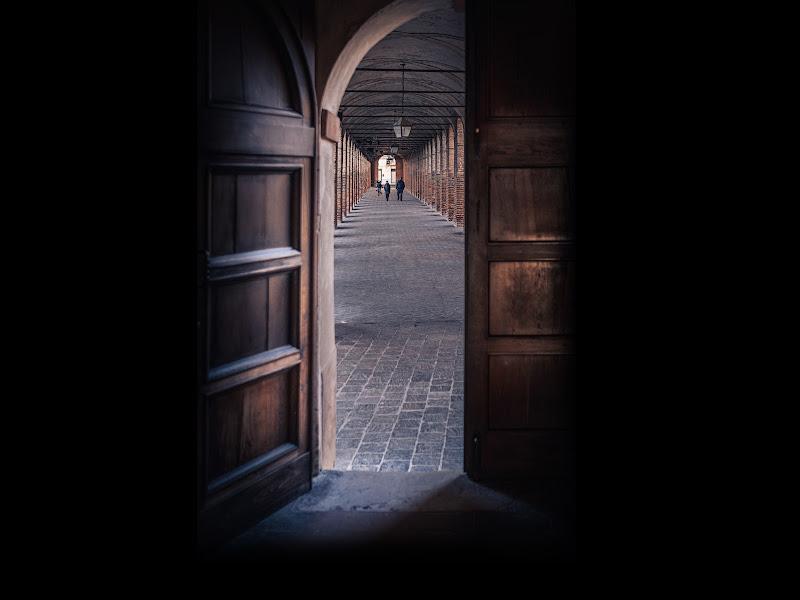 Oltre quella porta di Matteo Masini