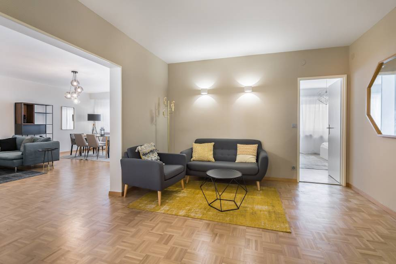 Rue de l'Athénée Apartment | TheSqua.re