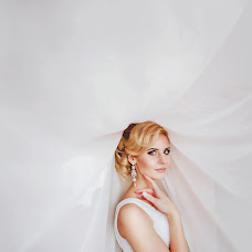 Wedding photographer Yuliya Bezhanova (Bezhanova). Photo of 09.10.2014