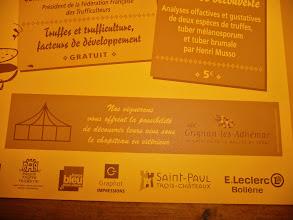 Photo: http://imagine-tours.blogspot.fr/2014/01/festival-de-la-truffe-et-du-vin-2014_22.html