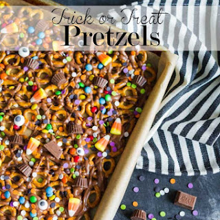 Trick Or Treat Pretzels
