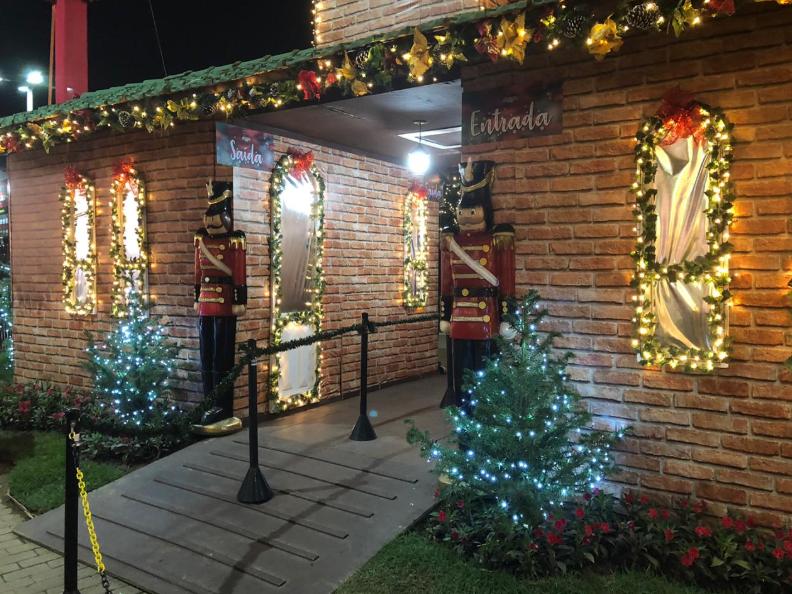 Passeio de trem na Magia de Natal em Blumenau