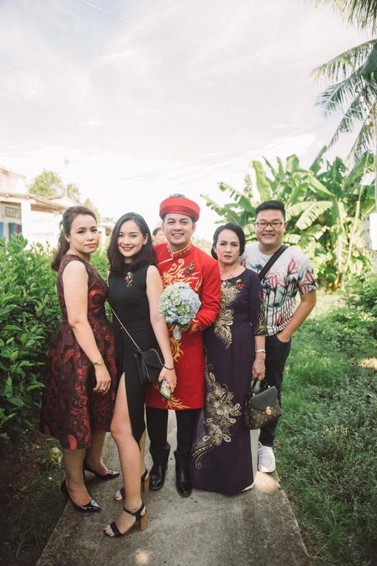 Kiều Oanh, vợ duy nhân, vợ tào khang