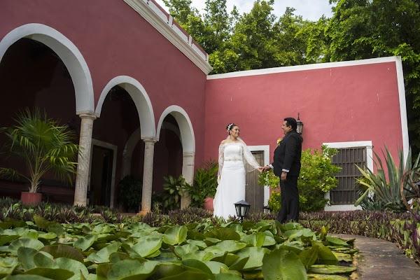 Fotógrafo de bodas Yarky Moguel Ortega (moguelortega). Foto del 08.06.2016