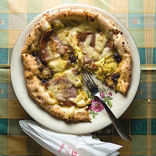 Pizza Pistacchio e Mortadella (Pistachio and Mortadella Pizza)