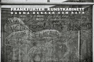 """Photo: Kind of Art? (""""Kunstkabinett"""" = """"Art Gallery"""")"""