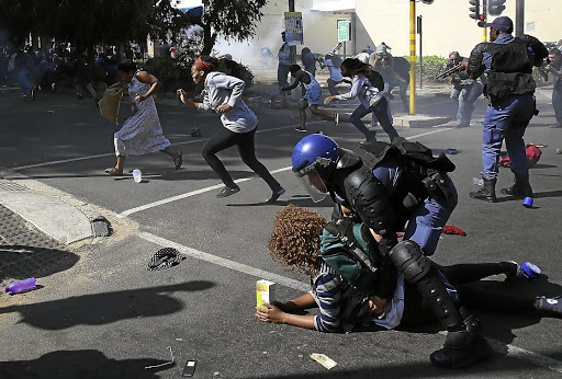 Protests on South African campuses have led to a new plan to enable about 90% of South African families to send young people to universities and colleges.