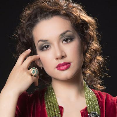 Talking with singers: Maria Mudryak
