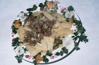 Photo: 04619 広州市/野味香飯店/料理/生炒果狸片/タケノコの炒め煮の上にハクビシンの肉をのせたもの。
