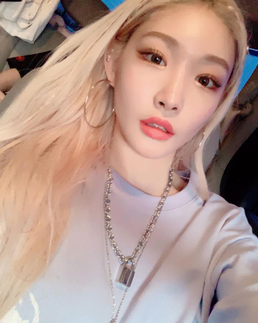 chungha blonde