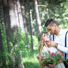 Wedding photographer Sveta Semenova (dara4578). Photo of 17.06.2015