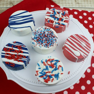 Patriotic Chocolate Covered Oreos
