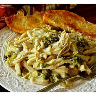 Chicken 'n Noodles with Broccoli & Mushrooms.