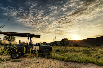 Photo: Safari Truck Sunrise