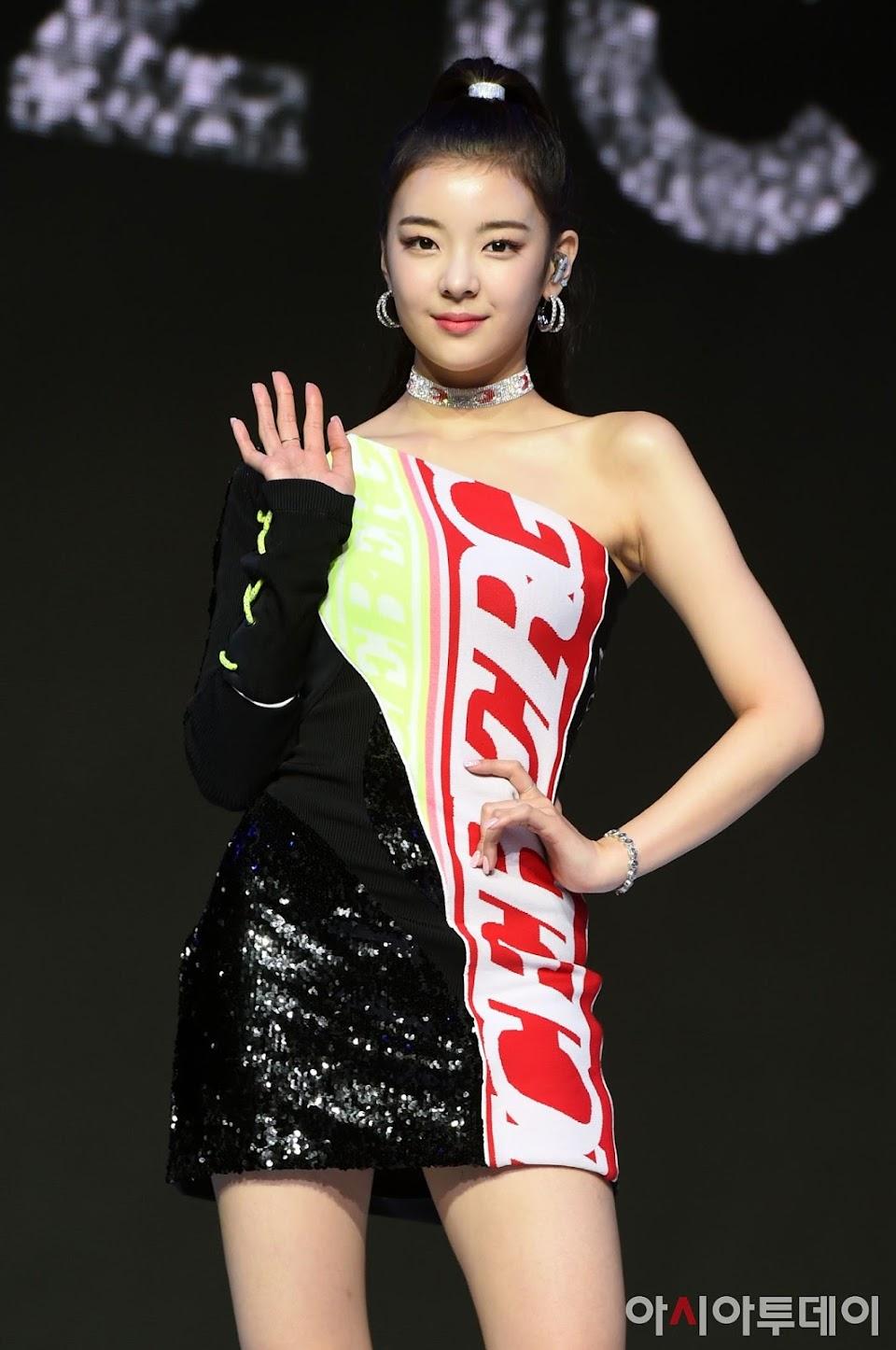 lia dress 53