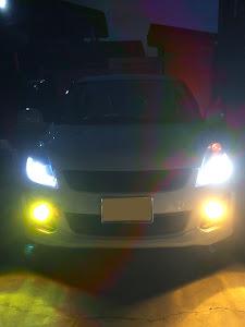 スイフト ZC72S RSのライトのカスタム事例画像 Naoさんの2018年10月21日22:02の投稿