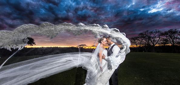Fotógrafo de casamento Christian Oliveira (christianolivei). Foto de 20.09.2017