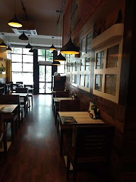 Dcrepes Cafe photo 14