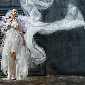 by Alex Adiaz - People Fashion