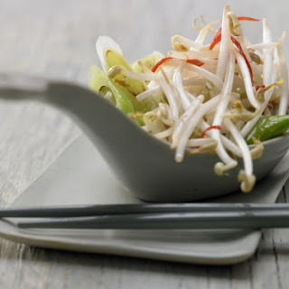 Stir-Fried Mung Bean Sprouts