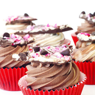 Peppermint Bark Chocolate Cupcakes