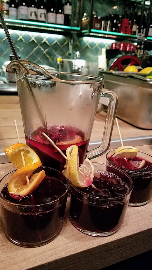 Bar Casa Vale, Sangria pitcher