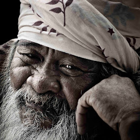 My Name is Pok Yahya by Mohd Khairun Erman - People Portraits of Men ( ki mi, fazry, emma, farina, emmie )