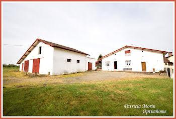 maison à Hinx (40)
