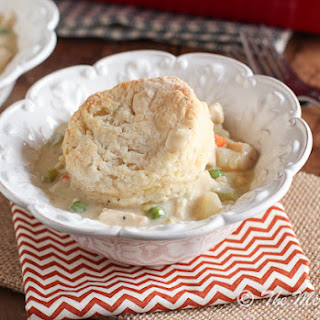 Chicken & Biscuits Pot Pie Casserole