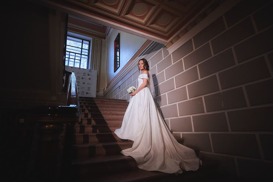 Wedding photographer Evgeniy Oparin (oparin). Photo of 18.01.2020