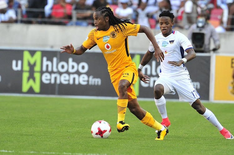 Siphiwe Tshabalala of Kaizer Chiefs and Phetso Maphanga of Chippa United during the2017 Telkom Knockout game between Chippa United and Kaizer Chiefs at Nelson Mandela Stadium in Port Elizabeth on 05 Novemberr 2017.