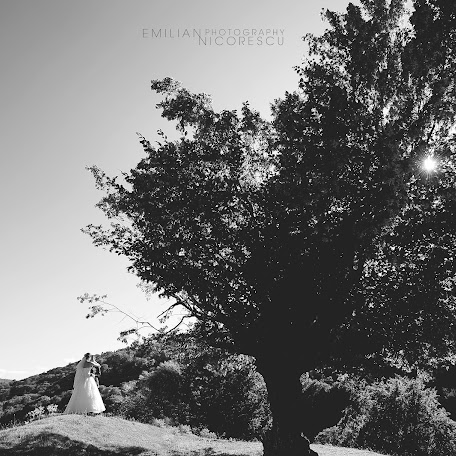 Wedding photographer Emilian Nicorescu (emiliannicoresc). Photo of 23.03.2015