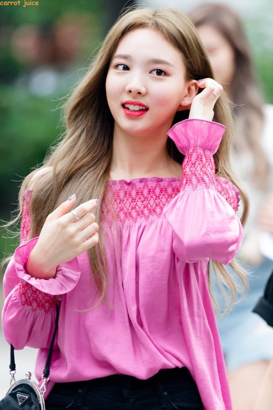 nayeonrainbow_pink3