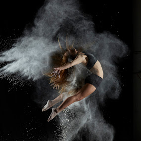 Powder Nina by William Kendzierski - People Portraits of Women ( model, high speed photography, modeling, acrobat, dance, dancer )