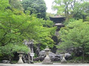 Photo: 急な石段を登りきり、石山寺 多宝塔正面 に出ます by FM