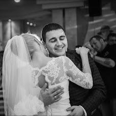 Wedding photographer Maksim Grebilyuk (bezmezh). Photo of 27.11.2013