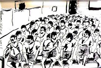 Photo: 枯等2011.07.04鋼筆 教化科聯絡不上表訂的輔導志工,就這樣一百二十多個人等一個人…